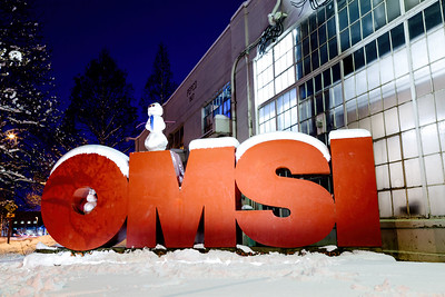 Snowmen on OMSI sign