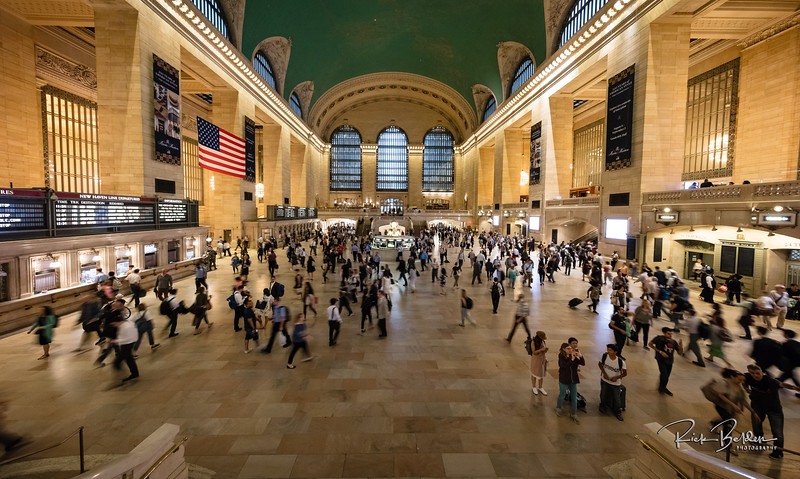 Grand Central Station, the most prestigious transportation Hub in the world!  @grandcentralnyc  .  Photos by:  @RickBeldenPhotography   .................