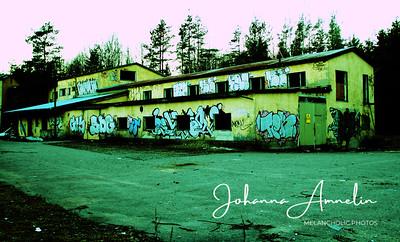 autio rakennus graffiti pitkä talo