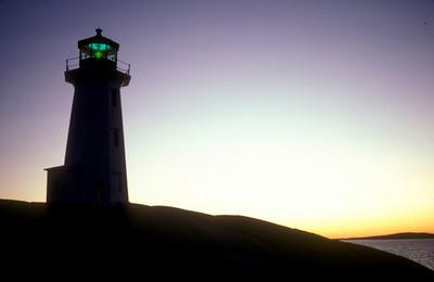 Peggys Cove light
