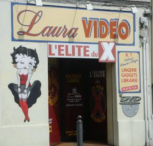 Betty Boop sexxx shop