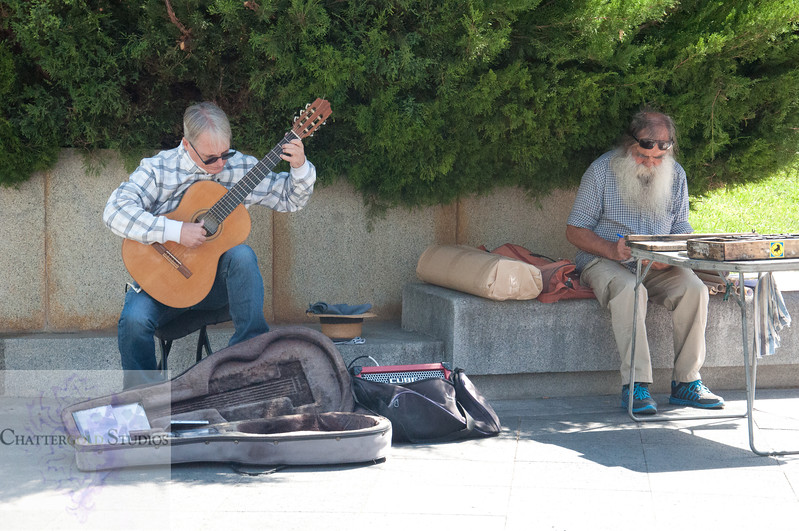 Musicians outside the Prado Museum