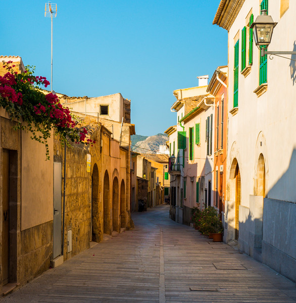 Alcudia, the old town