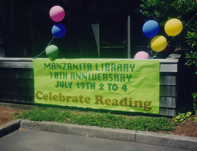 The library celebrated its tenth anniversary in 1997.