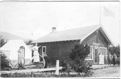 Kardell's store included a post office for the budding town. The anchor supposedly came from the wreck of the Glenesslin. Portions of the store are incorporated into the structure of the San Dune Pub.