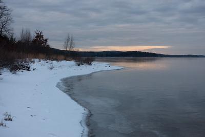 20150111.  Evening at Wachusett Reservoir, MA.
