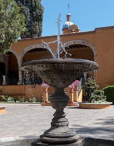 fountain-1050