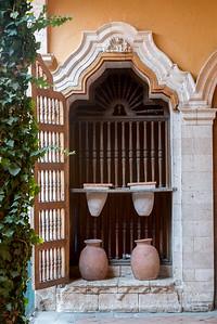 doorway and pots-1080