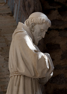 Priest 2-0972