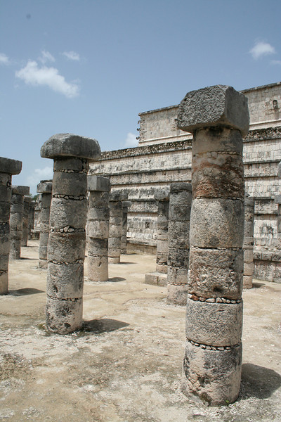 Pillars and Building Vertical, Palenque