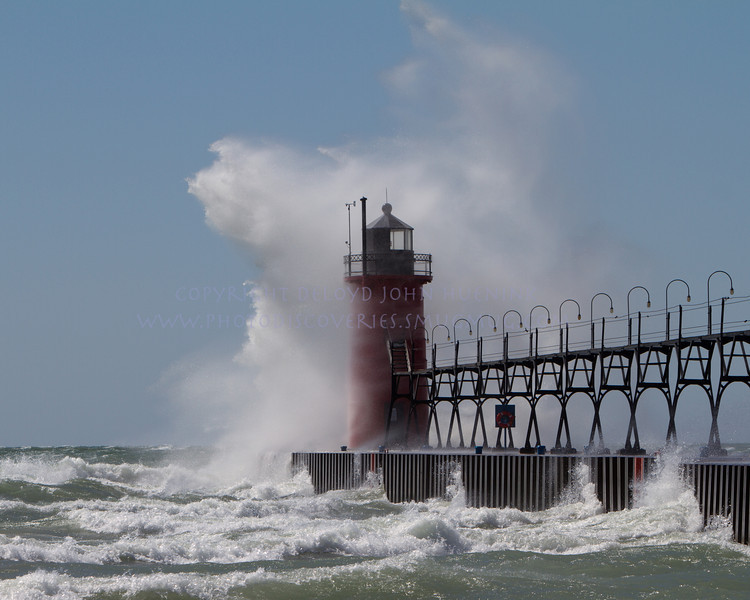 Lighthouse   South Haven, MI_-4