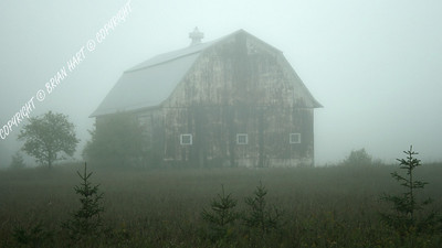 IMG_8023 Old Barn in the Fog, near Munising, MI