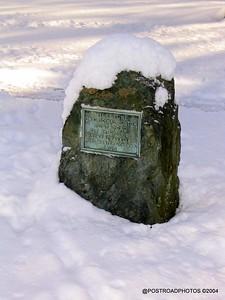 postroadphotos-places-usa-milford-connecticut-winter-scene-2004-005