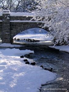 postroadphotos-places-usa-milford-connecticut-winter-scene-2004-015
