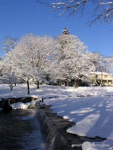 postroadphotos-places-usa-milford-connecticut-winter-scene-2004-012