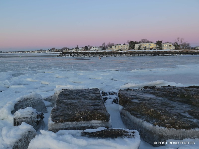 20180106-harbor-view-fort-trumbull-from-jetty-milford-connecticut-winter-ice-low-tide-006