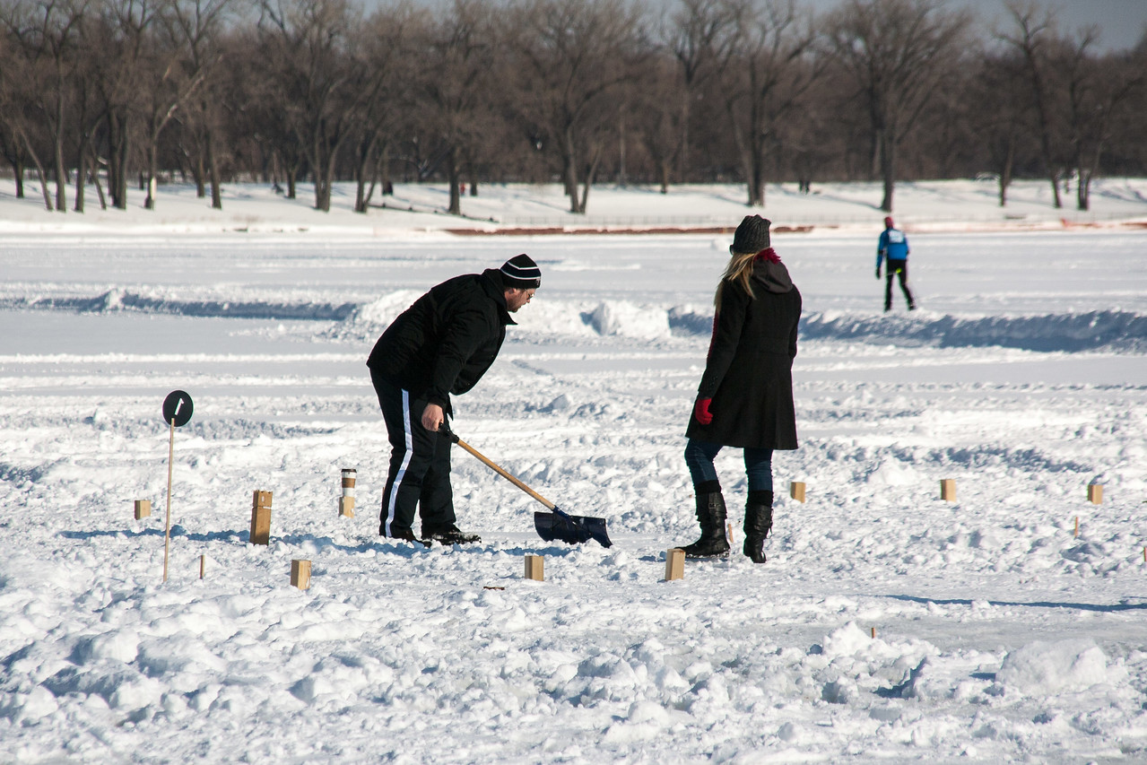Planing the kubb court