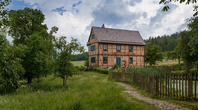 Forsthaus Friedrichshohenberg / Foresters House