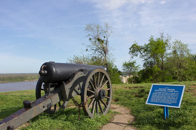 There are placards commemorating heroic battles during the Civil War all over town. - March 2012