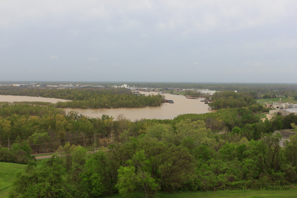 The muddy Mississippi from atop Fort Hill in Vicksburg, MS - March 2012