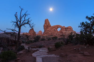 Moon Over Turret Arch