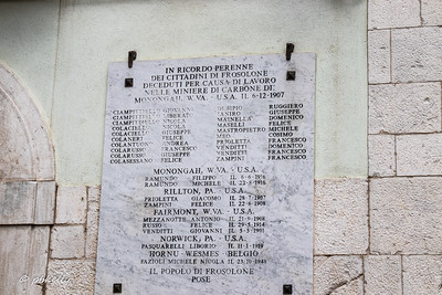 This was one of the shockers of my whole trip.  I had referred to the area where my Dad's people were from as the West Virginia of Italy, but without even the coal mines.  Here in the square of Frosolone is a plaque commemorating loss of lives in the coal mines.  20 men lost in the the great disaster in Monongah W VA in 1907 from this town alone!