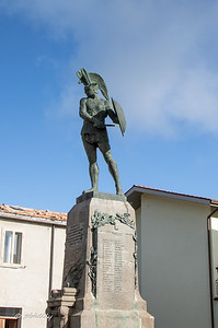 Appropriately, the war memorial in the town of  Pietrabbondante is a magnificent Samnite Warrior.  The Samnites were early inhabitants of the area, before the Romans, whom they soundly defeated  in the first 2 of 3 wars in the 3rd and 4th centuries BC