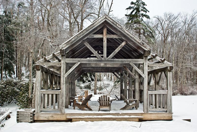 Woode Bridge in Winter