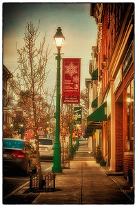 Lamp post on South Main Street in front of The Alcove in Mount Vernon, Ohio on December 3, 2011.