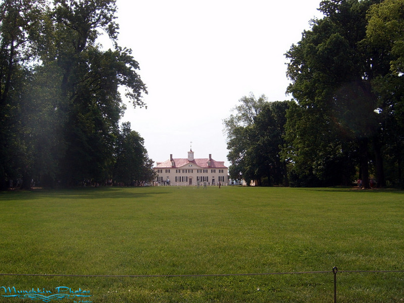 View of the Mount Vernon Mansion from the beginning of the lawn.