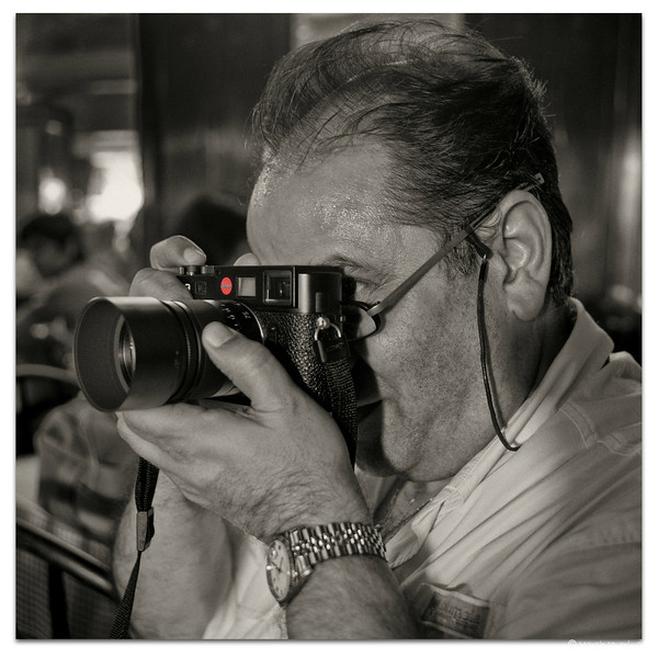 Friend Sharookh, the Leica man!