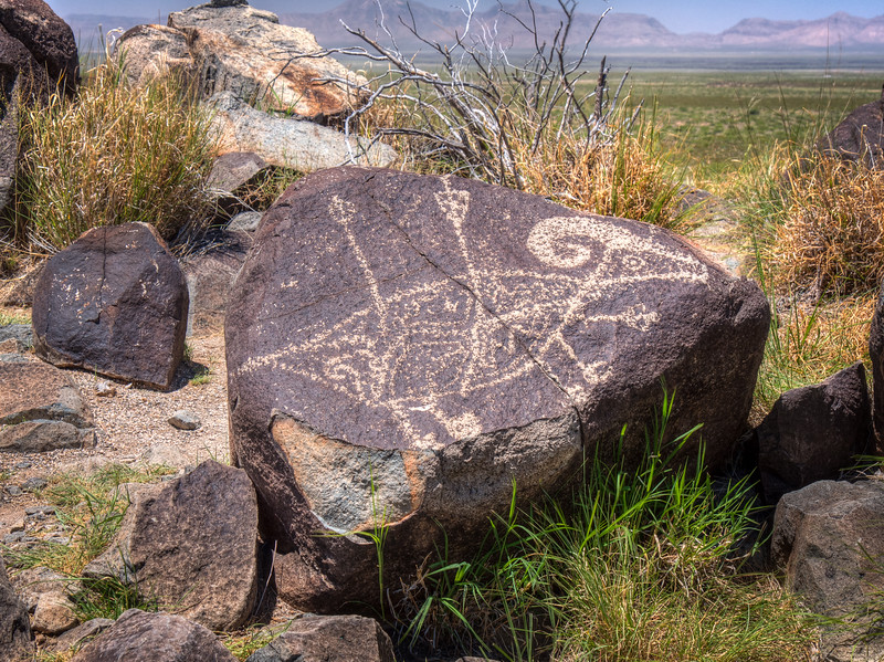 PETROGLYPH AT THREE RIVERS SITE