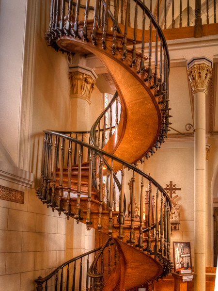 FAMOUS STAIRS AT LORETTO CHAPEL