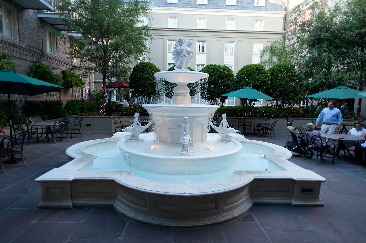 The courtyard fountain at Maison Dupuy in the French Quarter, NOLA