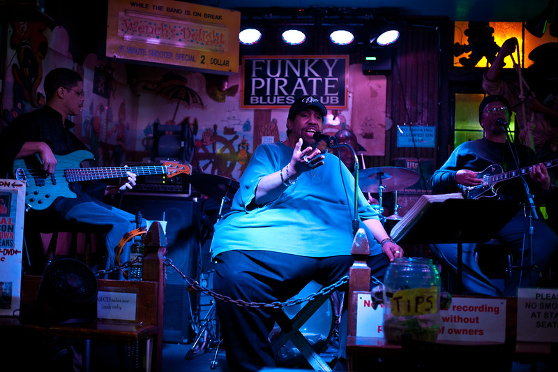 Big Al Carson at the Funky Pirate in the French Quarter, NOLA