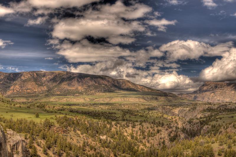 View along Chief Joseph Scenic Highway 11 - Wyoming