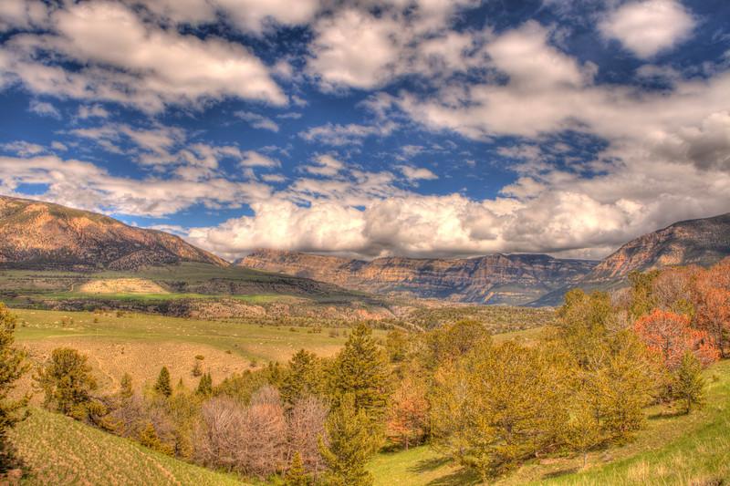 View along Chief Joseph Scenic Highway 2 - Wyoming