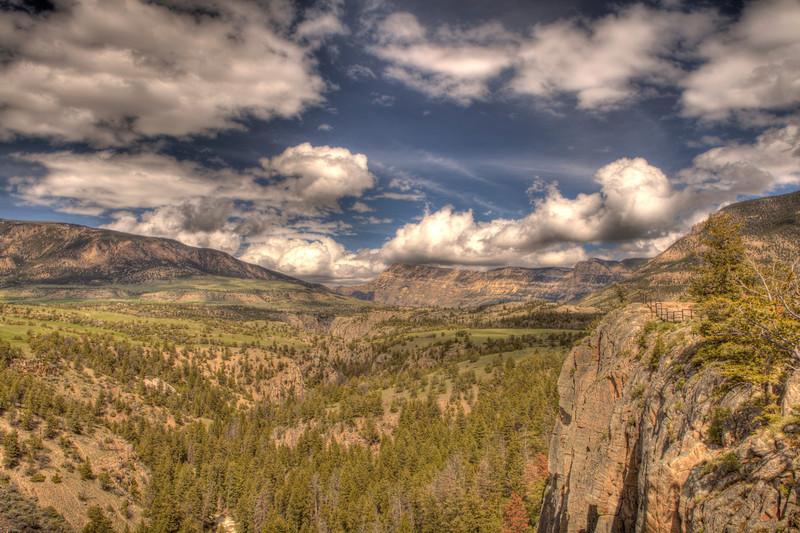 View along Chief Joseph Scenic Highway 8 - Wyoming