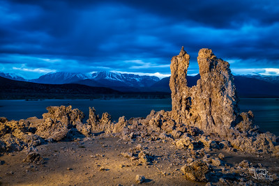 Lightpainting the Tufa