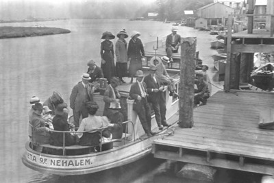 Visitors got off the train in Wheeler to ride the ferry across the bay to Nehalem.