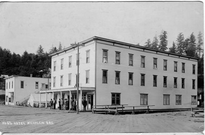 The Nehalem Hotel stood until the 1960s on the current site of the phone company offices.