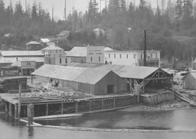 The Effenberger mill made barrel staves and wooden boxes.