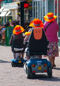 Orange hats in Volendam