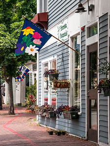 Street Flags in Salem