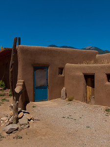 Adobe walls in Taos