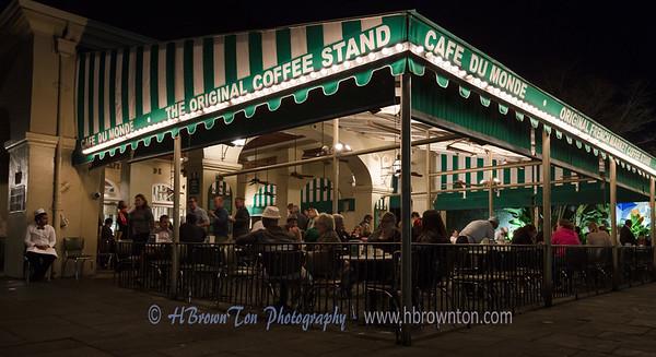 Famous Cafe du Monde