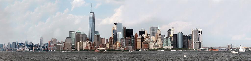 IMAGE: https://photos.smugmug.com/Places/New-York-City-May-2016/i-dfx6Xjh/5/XL/Manhatten%20Pano-XL.jpg