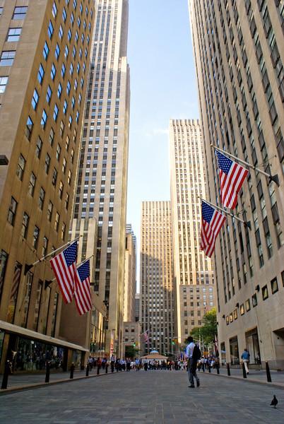 New York City<br /> Rockerfella Centre district New York City