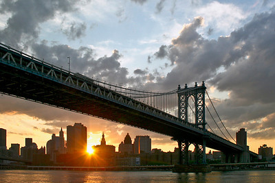 Sunset under the Manhattan Bridge-