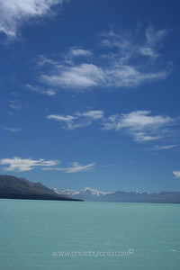 Overlooking Lake Pukaki towards Mt Cook/Aoraki, New Zealand